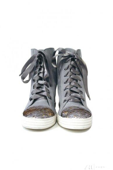 Naturalios odos batai BZ117002 2