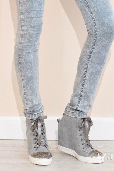Naturalios odos batai BZ117002